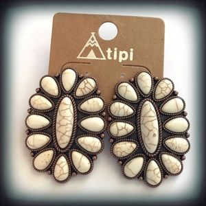 Tipi White Faux Turquoise Post Earrings NWT